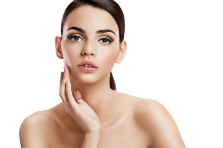 voluptuosa: Cara hermosa mujer sensual, el concepto de cuidado de la piel Foto de archivo