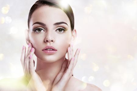Beauty woman portrait d'adolescente avec une peau propre Banque d'images - 38022172