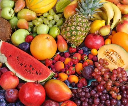 スーパー フードの背景。唯一のフルーツ、熟した果物の市場での食べ物の写真