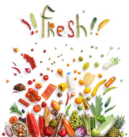 食べ物: 果物と野菜を食べることの健康概念を表示する食品爆発で表される有機食品選択、健康食品の記号。健康食品の背景、平面図。高解像度の製品 写真素材