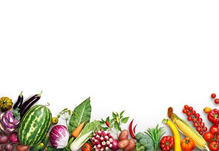 Gezond eten achtergrond. Eten photography andere groenten en fruit geïsoleerd witte achtergrond. Kopieer ruimte. Hoge resolutie product Stockfoto