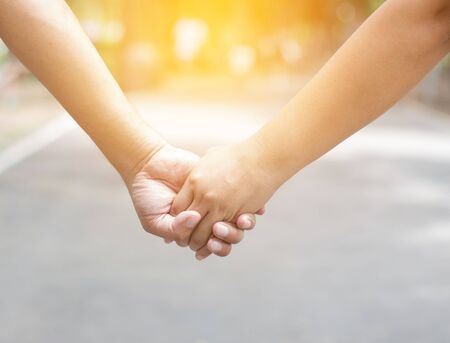 Couple lover holding hands together Imagens