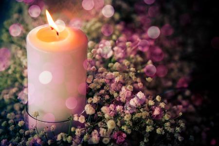 bougie coeur: St Valentin carte de voeux avec bougie