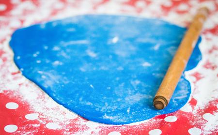 Making homemade blue fondant for cake
