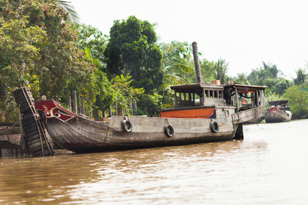 Mekong Delta, Cai Be District, Cai Be Floating market, South Vietnam, typical local boat  Imagens