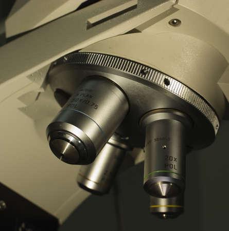 導入の顕微鏡の 4 レンズ 写真素材