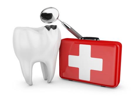 썩은 치아, 치과 용 거울과 흰색 십자가와 빨간 가방