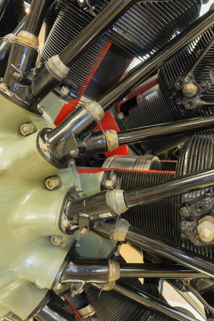 fuel chamber: detailed exposition of the old piston aircraft engine
