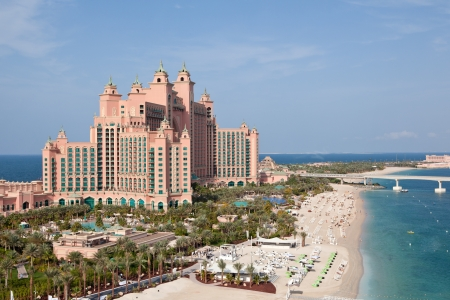 DUBAI, UAE - JANUARY 20: Atlantis hotel on January 20, 2011 in Dubai, UAE. Atlantis the Palm is a luxury 5 star hotel built on an artificial island Stock Photo - 16310124