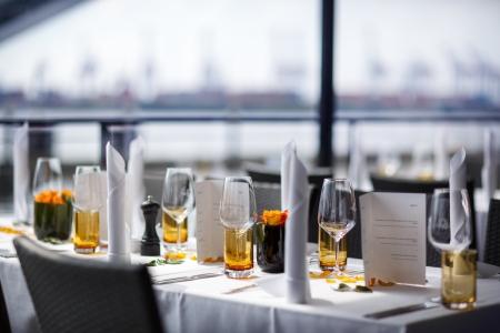 stravování: stůl sada pro svatby nebo jiný zajištěný večeři událost