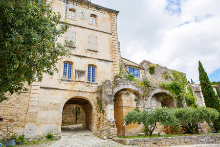 fontaine: View on provencal village roof and landscape, Provence, France. On sunny summer day. Stock Photo