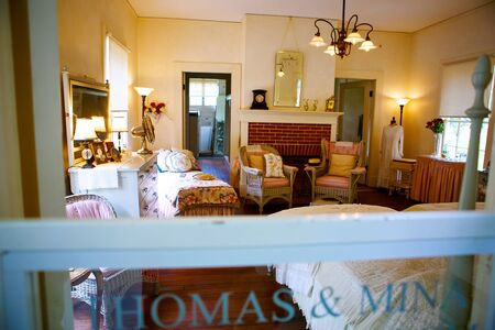 florida house: FORT MYERS,FL-APRIL  15 2016: Fort Myers Florida, Thomas Edison and Henry Ford Winter Estates. Main Ford estate house museum. Antique bed room.
