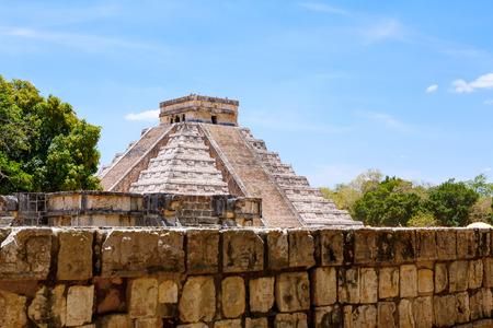 kukulkan: Temple of Kukulkan, pyramid in Chichen Itza, Yucatan, Mexico