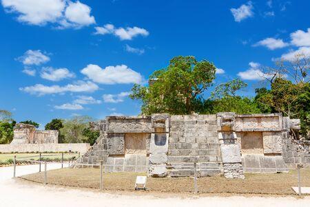itza: Temple of Kukulkan in Chichen Itza, Yucatan, Mexico