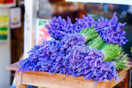 Shop in Provence decorated with lavender and vintage things