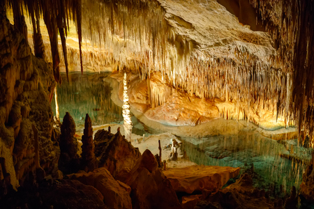 Dragon caves on Majorca, Spain. Beautiful nature caves on Mallorca, Balearic island. Popular tourist destination 스톡 콘텐츠