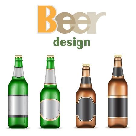 Groen en bruin bier flessen op de witte achtergrond