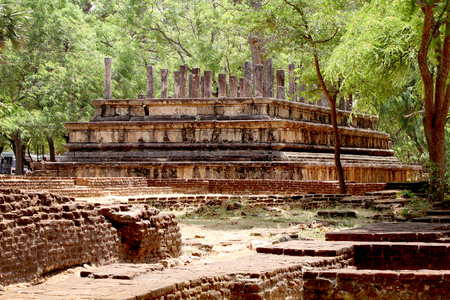 he king`s Audience Hall at royal Palace at ancient city Polonnaruwa, Sri Lanka Reklamní fotografie - 95872458