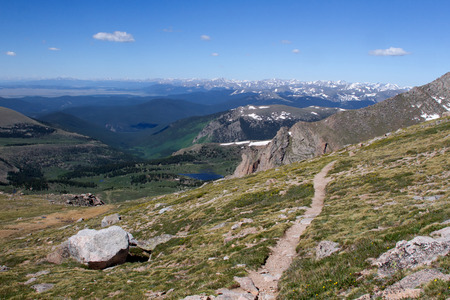 evans: A hiking trail in the Mt Evans Wilderness looking out over the continental divide