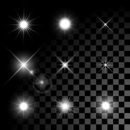 Ensemble de Vector incandescent effet étoiles de lumière éclate avec des brillants sur fond transparent. Étoiles transparent.