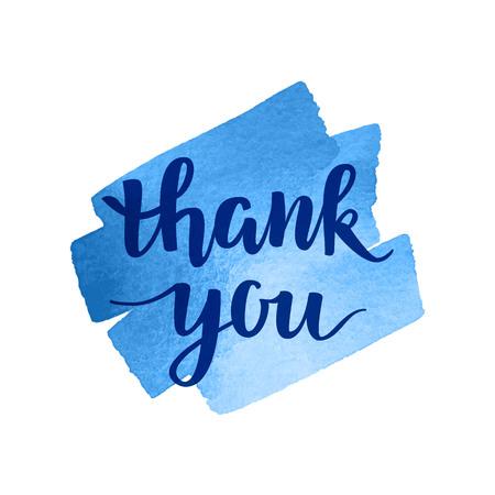 Merci vecteur main lettrage calligraphique écrit sur bleu fond d'aquarelle. gratitude Thanksgiving carte de voeux. concept de la main.