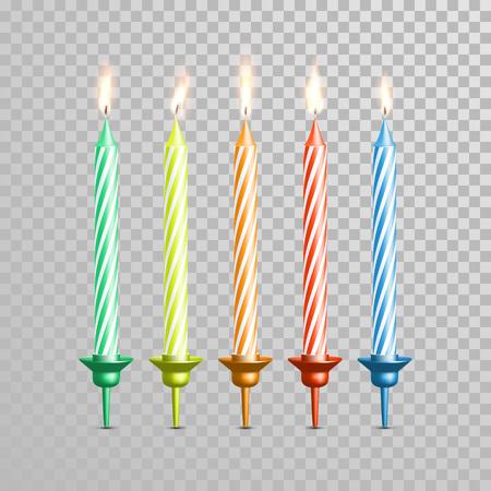 誕生日の蝋燭または結婚式の燭台。ローソク足と燃焼装飾的なベクトル 3 D 現実的な分離のキャンドルは、透明な背景に炎します。ケーキとケーキの