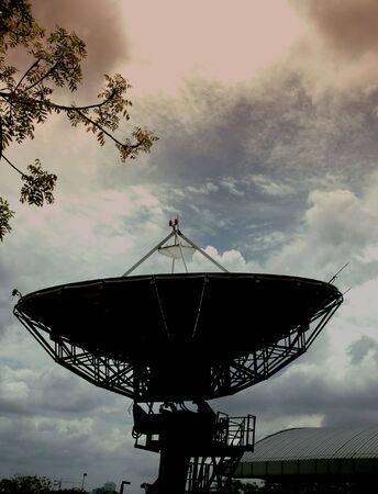 satelite: Silueta de Satelite Foto de archivo