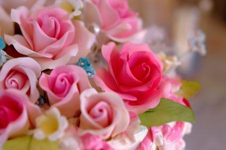 Close up wedding cake flowers