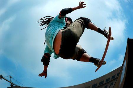 schaatsen: Skateboarding - op de lucht
