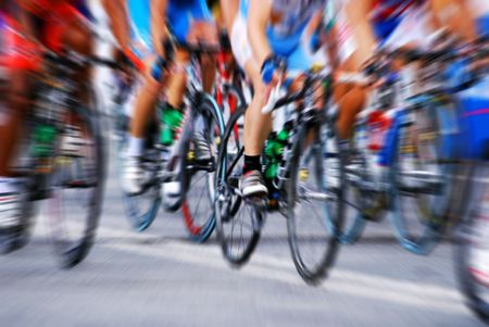 razas de personas: Carrera de ciclismo con efecto de zoom