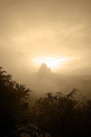 bukit: Mountain Stock Photo