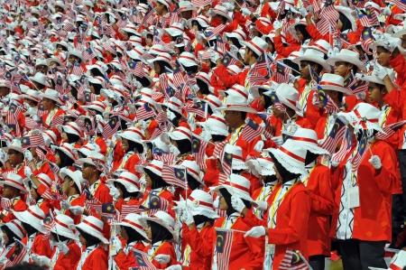 マレーシアを祝うマレーシアの群衆クアラルンプール, マレーシア - 2008 年 8 月 30 日: 性