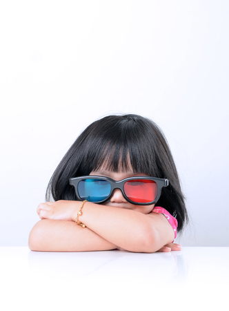 caucasian white: Picture of little girl wearing 3D glass