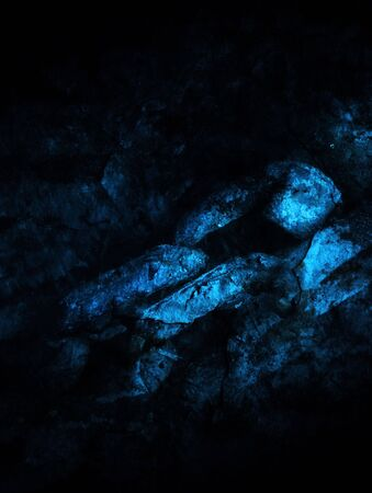 composite image: Composite image showing decaying chain in blue.