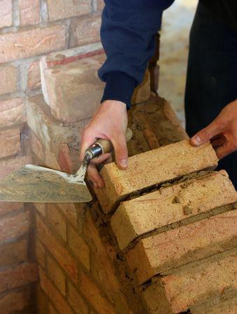 bricklayer: Trainee alba�il aprender a construir muro