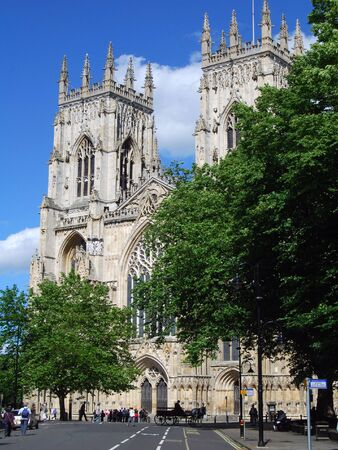 Postcard view of York Minster. York, North Yorshire, UK. Banque d'images