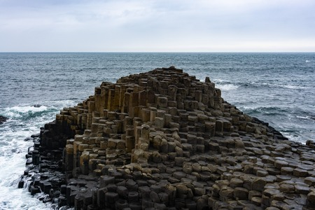 ocean and Giants Causeway, Northern Ireland Reklamní fotografie
