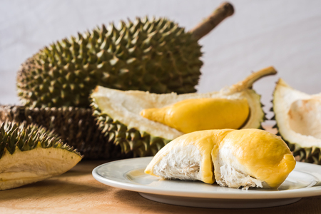 King of Fruits, Durian is a popular tropical fruit in asian countries. Foto de archivo - 102694820
