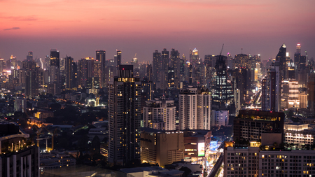 Business area in Bangkok, Thailand, showing buildings in twilight time Stockfoto