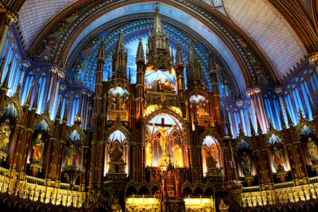 notre: Main altar inside of Notre-Dame Basilica in Montreal