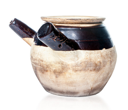 traditional chinese medicine: Claypot sazonado para elaborar cerveza la medicina tradicional china
