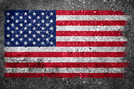 Flag of the United States painted on a grunge concrete wall  Banque d'images
