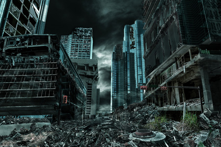 Detailed destruction of fictitious city with debris and collapsing structures. Concept of war, natural disasters, judgment day, fire, nuclear accident or terrorism. Stockfoto