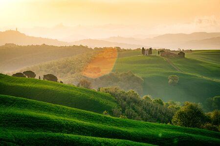 トスカーナ、ヴァル ・ ドルチャ。イタリア 写真素材