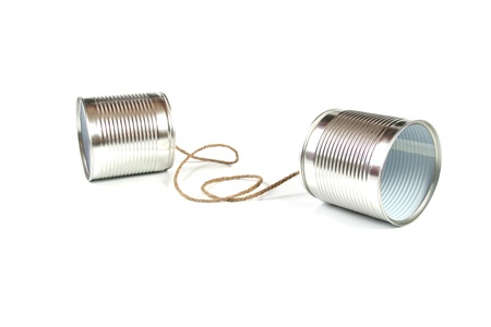 Concept de communication: l'étain peut téléphoner