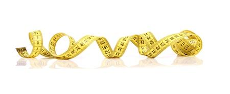 tailor measure: misurazione nastro giallo isolato su sfondo bianco