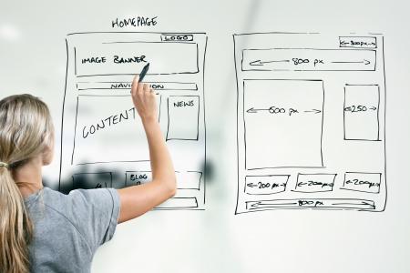 ontwerper tekening website ontwikkeling wireframe Stockfoto