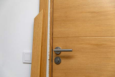 door architrave installation