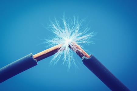 przewody elektryczne iskry z bliska