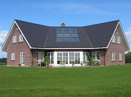Modern style designed private home Standard-Bild